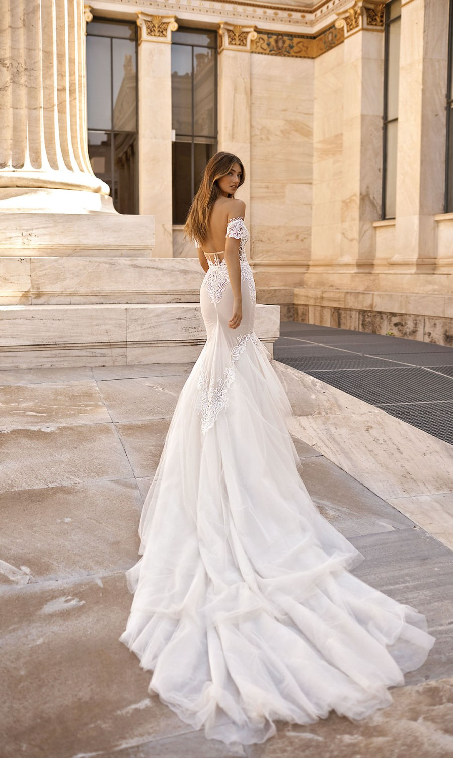 berta-wedding-dress-2019-1 (7)_2